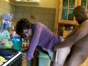 Gouter gourmand chez une mère de famille