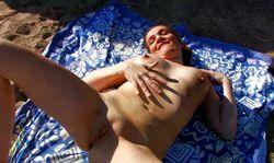 Une vraie chaudasse cette nudiste